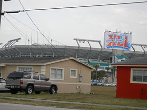 Super Bowl XLI - Dolphin Stadium prepares for Super Bowl XLI