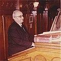 Dori CHAUVIN (1899-1979) - à l'orgue de l'église Notre-Dame de Rennes - 2 février 1969.jpg