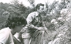 Dr Breskovski in a Fossilling Day with Students Summer 1981.jpg