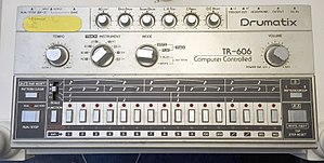 Roland TR-606 - TR-606 used by the Sci Ams