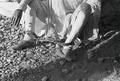 ETH-BIB-Fussfesseln eines Sträflings-Abessinienflug 1934-LBS MH02-22-1127.tif