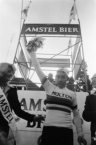 Molteni - Eddy Merckx after he won the 1975 Amstel Gold Race, one of the many victories he achieved with Molteni