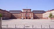 Ehrenhof des Mannheimer Schlosses