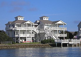 Emerald Isle homes.JPG
