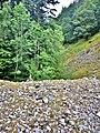 Empilement de roches, côté est du pont des Fées.jpg