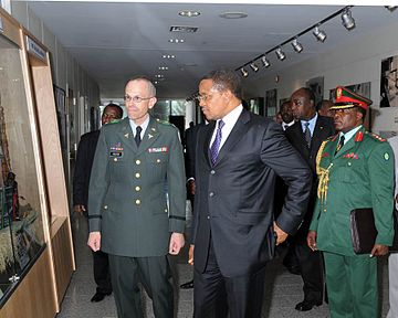 Enhancing HIV Medical Research in Tanzania - Kikwete at WRAIR - U.S Army Africa - 091005.jpg