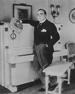 Caruso alongside his piano