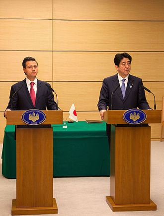 Japan–Mexico relations - President Enrique Peña Nieto and Prime Minister Shinzō Abe at a press conference during an official visit to Japan by President Peña Nieto in April 2013