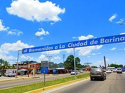Aprovechando el cuarto de hora - Página 4 254px-Entrada_a_la_ciudad_de_Barinas