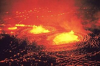 Lava lake - Lava fountains in the Halemaʻumaʻu lava lake, Kīlauea