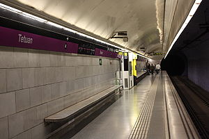 Tetuan (Barcelona Metro) - One of the L2 platforms of the station.