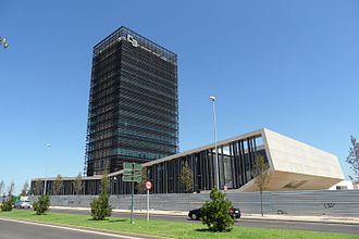 Estudio Lamela - Estudio Lamela. Headquarters of Caja Badajoz