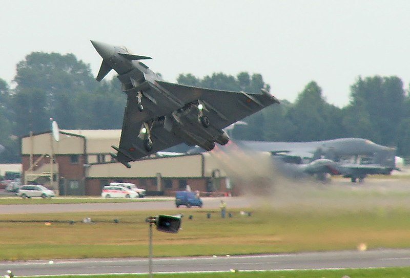 File:Eurofighter Typhoon take-off.jpg