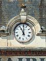 Evry-FR-89-mairie-horloge-a1.jpg