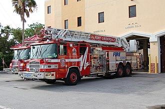 Fort Lauderdale Fire-Rescue Department - Image: FLFR Ladder 2