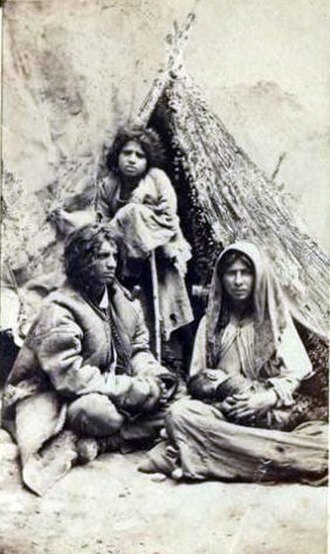 Slavery in Romania - A Roma family, Sibiu, Transylvania, ca. 1862, photo by Theodor Glatz