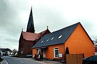 Fehrow (Schmogrow-Fehrow), die Dorfkirche.jpg