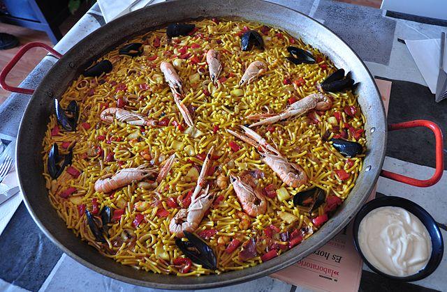 Risultato immagini per Fideuà piatti da non perdere a Barcellona