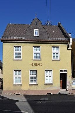 Flacht, Rathaus