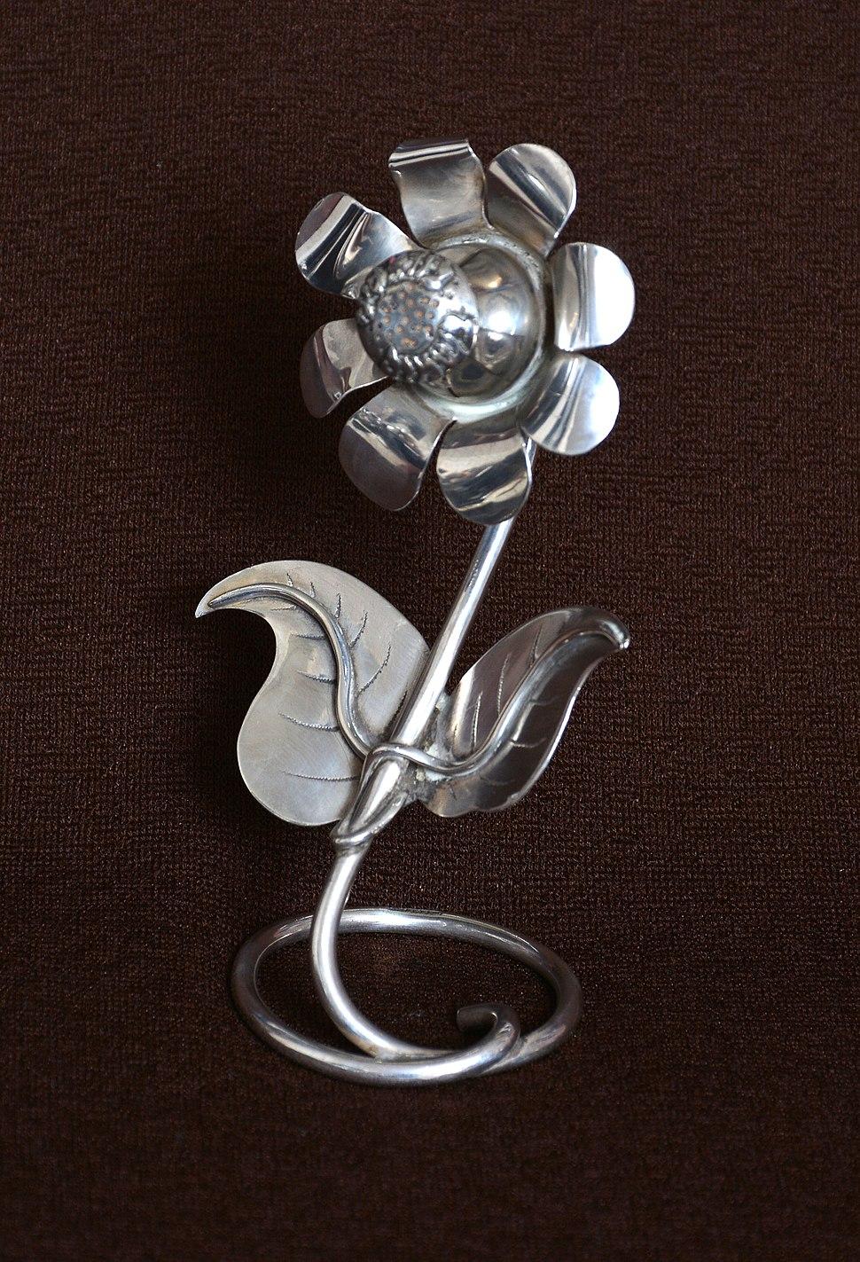 Flower-shaped Havdalah spice box designed by Rabbi Chaim-Joseph-Meyer Elefant (1897-1976) in the early 1950s