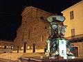 Fontana e Duomo.jpg