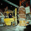 Fotothek df n-30 0000305 Facharbeiter für Glastechnik.jpg