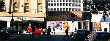 Friedrichstraße 23, Düsseldorf, 1. Filiale der Bäckerei-Kette Kamps.jpg