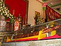 Gươm thờ tại dinh Sơn Trung đức Trần Văn Thành.jpg