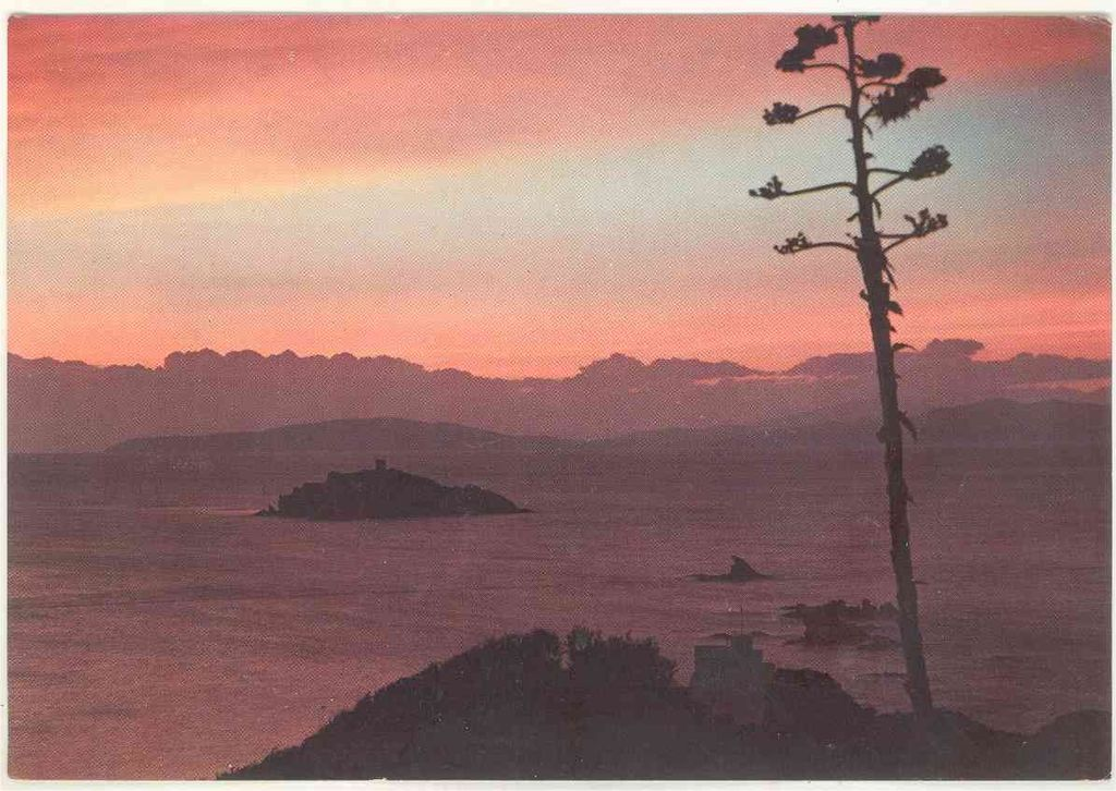 Tramonto sull'isola d'Elba in una cartolina del 1959, Collezione cartoline Albertomos