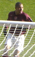 Gilberto defending a corner for Arsenal at Highbury in April of 2006