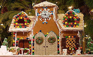 gingerbread house with double doors - Gingerbread House Christmas Decorations