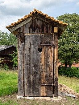 Glentleiten Freilandmuseum Toilettenhaus 6241774