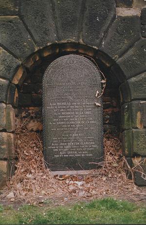 St James Cemetery - Gravestone (De La Cruz family)