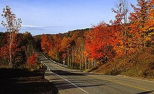 Greenbelt (Golden Horseshoe) - Image: Greenbelt Lower Base Line Road