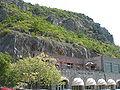 Grotte di Toirano-piazzale di ingresso.JPG