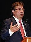 Guillermo Fernández Vara (2010).jpg