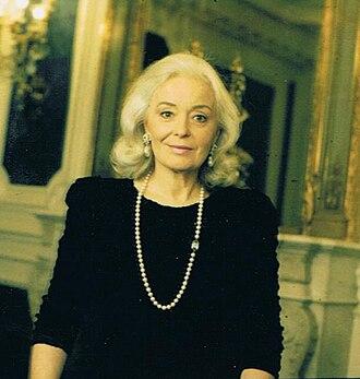 Gwyneth Jones (soprano) - The soprano in Paris, 2002