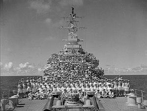 HMS Uganda (66) - Ship's company of the cruiser HMCS Uganda, August 1945.