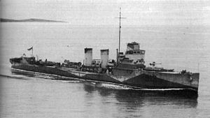 Armed yacht - The Canadian armed yacht HMCS Renard (S13) in World War II. The same yacht had served as USS Winchester (SP-156) in World War I.