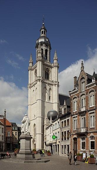 Halle, Belgium - Image: Halle, Grote Markt PM 46291
