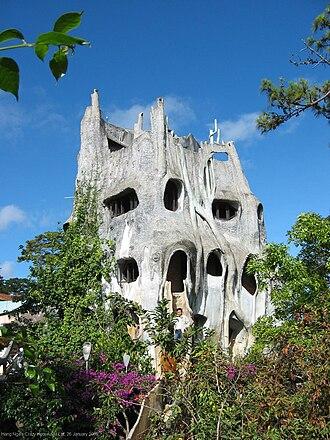 Hằng Nga Guesthouse - The exterior of Hằng Nga guesthouse