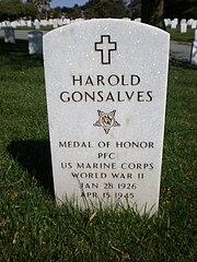 Harold Gonsalves headstone