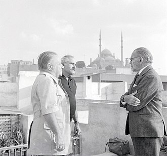 Hassan Fathy - Image: Hassan Fathy, Lawrence Durrell and Dimitri Papadimos, in Cairo