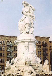 Statue of Lorelei; the Lorelei Fountain Heine memorial is located in the Bronx, New York City (Source: Wikimedia)