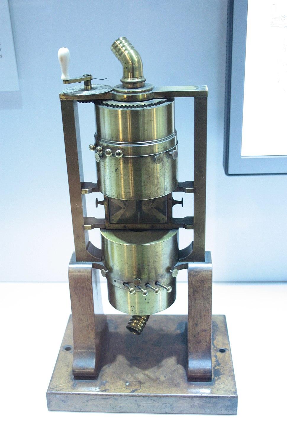Helmholtz's polyphonic siren, Hunterian Museum, Glasgow