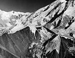 Herron Glacier, hanging glacier, August 8, 1957 (GLACIERS 5151).jpg