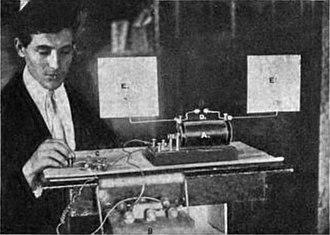 Spark-gap transmitter - Image: Hertzian spark radio transmitter 1902