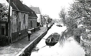 Hillegom - The Beekkade along Hillegom's Creek.