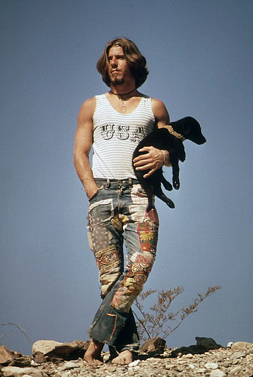 Hitchhiker with his dog on U.S. 66 (1972)