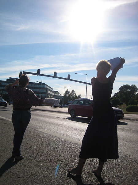 File:Hitchhiking-in-sweden.jpg